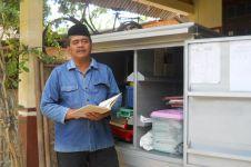 Tumbuhkan minat baca warga, Sumanto rela jadi 'perpustakaan keliling'