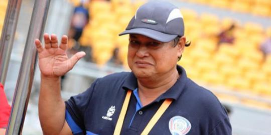 Duka sepakbola, pelatih Suharno meninggal usai pimpin latihan Arema