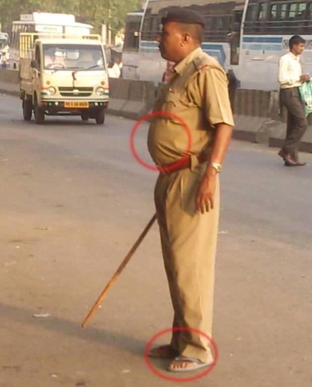 Begini Kelakuan Asli Polisi India Kocak Abis