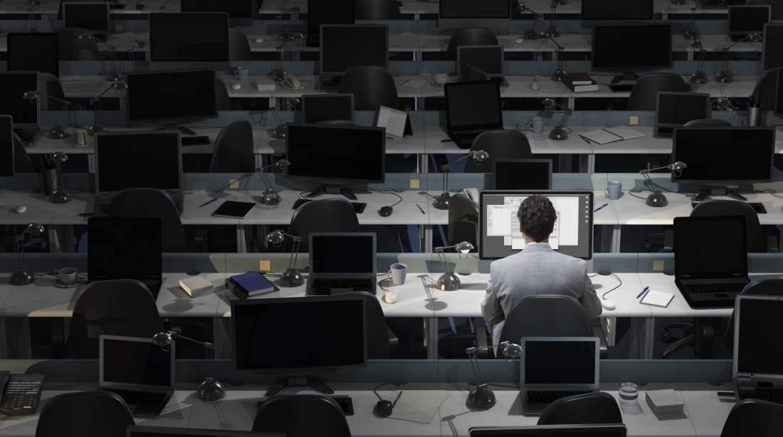 Gila kerja bisa tingkatkan risiko terkena stroke dan gangguan jantung