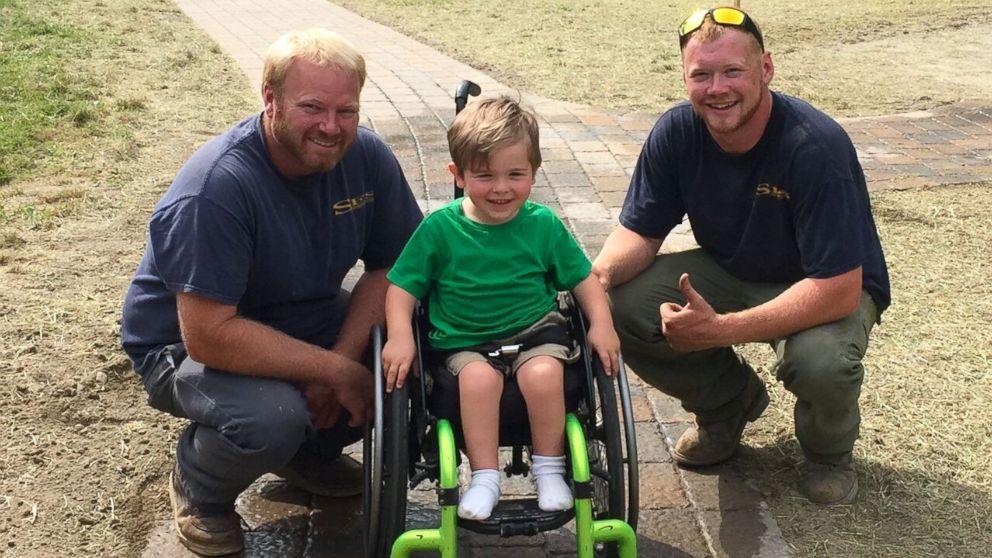 Mimpi bocah yang terduduk di kursi roda seumur hidup