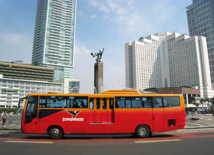 6 Cara biar kamu bisa dapat tempat duduk di Transjakarta