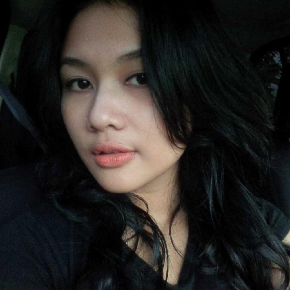 gadis cantik berdarah dayak penjual jamu online