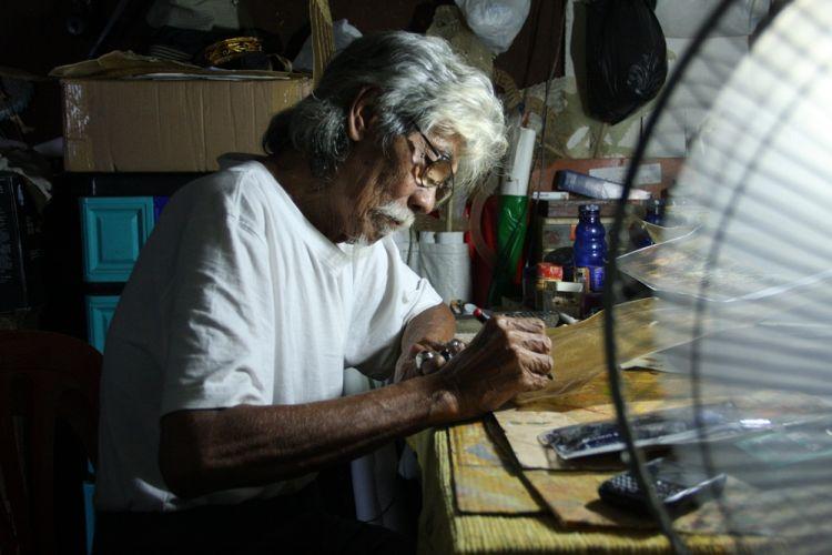 Ki Ledjar, pembuat wayang kancil yang diakui dunia