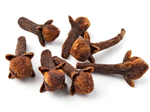 Tips bikin minyak cengkeh untuk atasi sakit gigi