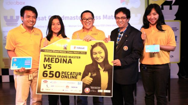 Medina, tumbangkan 650 pecatur online dalam satu kompetisi