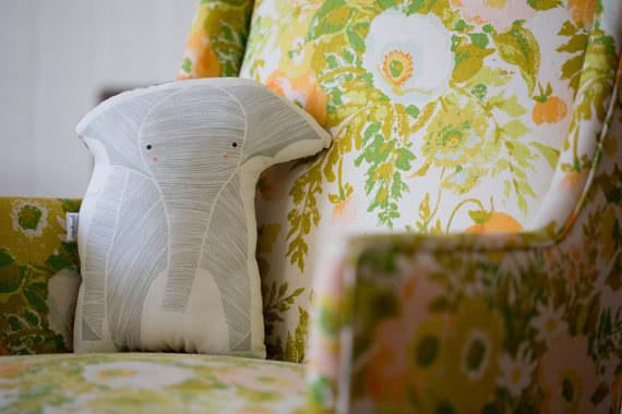 22 Barang kesayangan buat kamu pecinta gajah