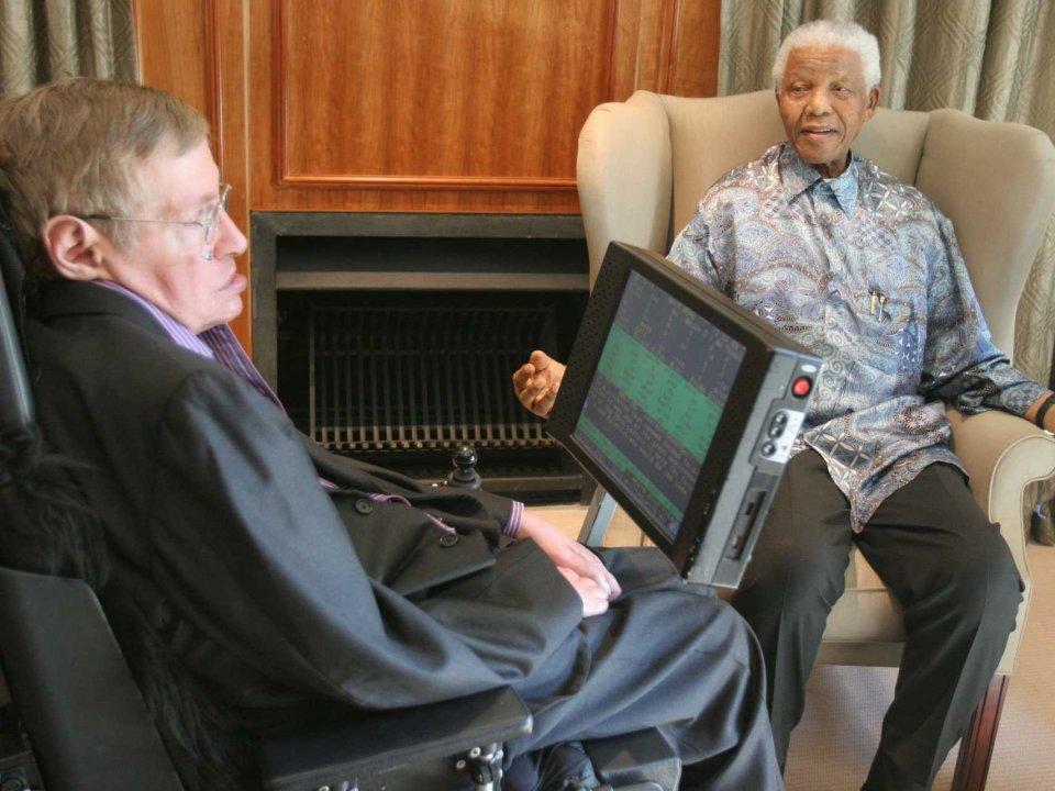 10 Pesan motivasi Stephen Hawking yang mencerminkan kejeniusannya