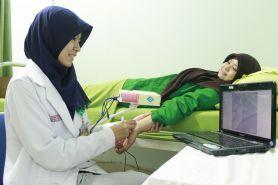 Mahasiswa UGM temukan alat bantu proses infus yang memudahkan perawat