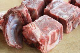 Ini cara mudah usir bau khas daging kambing yang bisa kamu coba