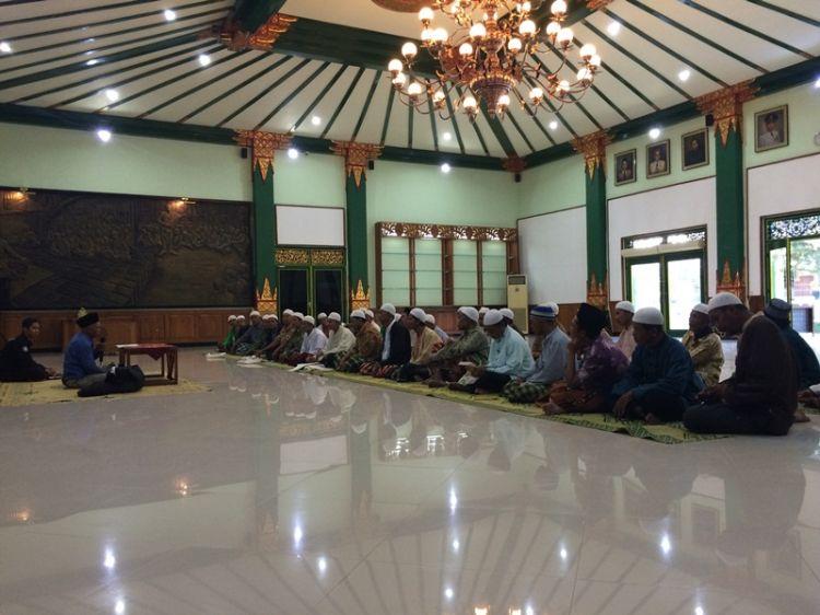 Tradisi unik pondok pesantren di Jawa soal pemanggilan nama
