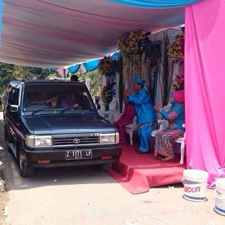 5 Model pernikahan menggelikan yang pernah terjadi di Indonesia