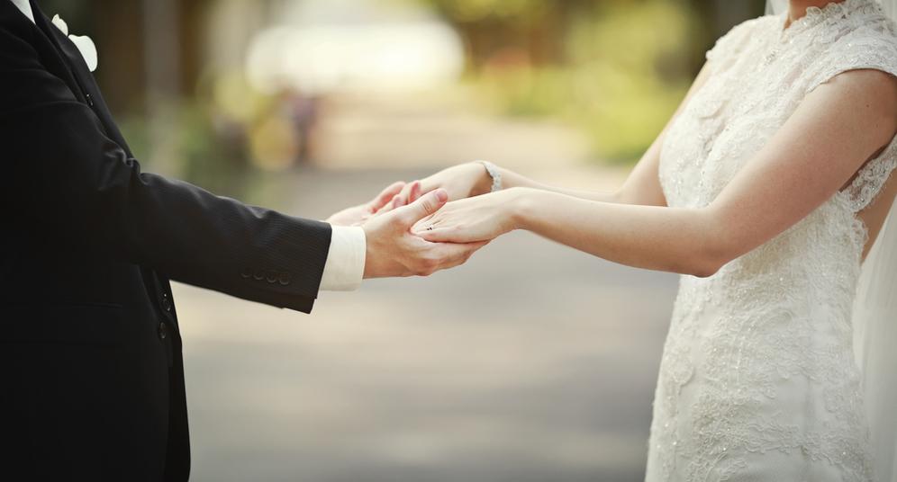 Kisah Er, punya suami setia meski pernah terjebak pergaulan bebas