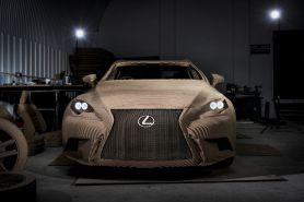 Keren! Replika mobil Lexus ini dibuat dari kardus dan bisa dikendarai