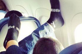 13 Kelakuan traveler paling ngawur di pesawat, jangan ditiru ya?