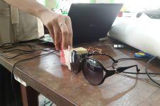 Pelajar Jogja bikin kacamata pendeteksi nominal uang bagi tunanetra