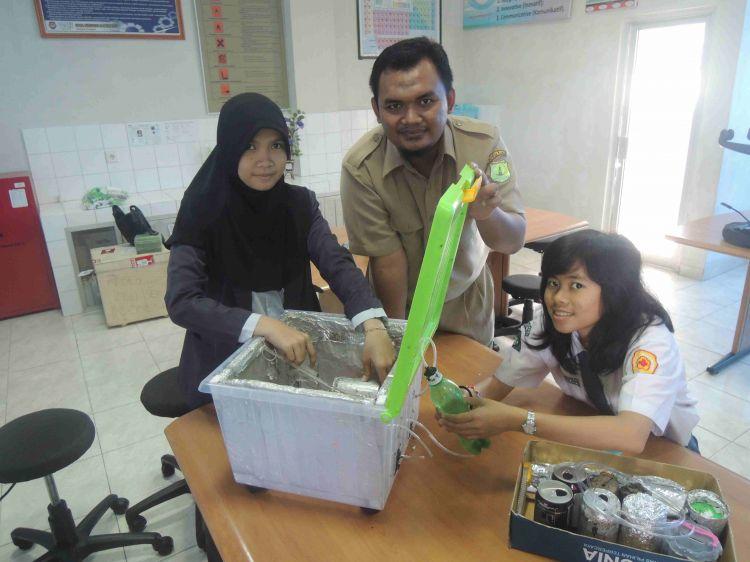 Kulkas tanpa listrik buatan anak Indonesia pukau dunia