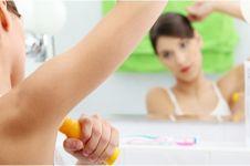 Kehabisan deodoran? Tenang, kamu bisa pakai gel pencuci tanganmu kok