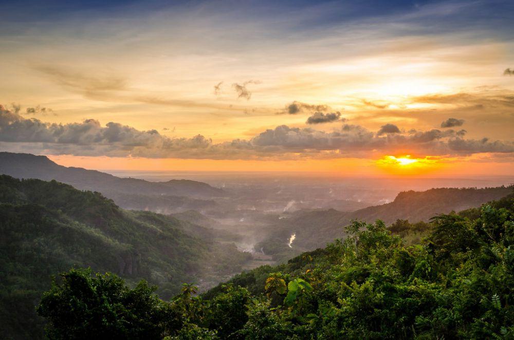 8 Tempat Wisata Alam di Jogja untuk Menikmati Sunrise Sekaligus Berburu Foto Instagramable