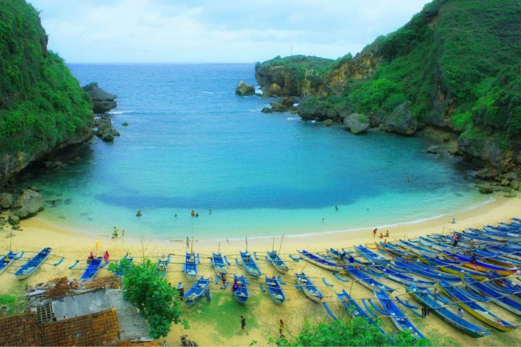 20 Pantai eksotis di bibir Samudera Hindia, Gunungkidul Jogja
