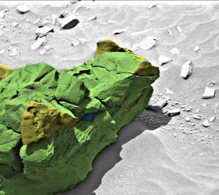 Ilmuwan NASA menemukan kepala naga di Planet Mars