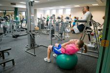 Ternyata 8 alasan ini yang bikin orang hobi banget fitness