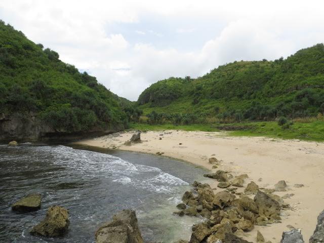 5 Pantai di Gunungkidul yang menawan dan masih perawan, mana saja?