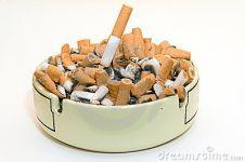 5 Alasan absurd tinggalkan rokok ini bikin kamu tersenyum kecut!