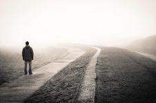 Orang kesepian cenderung punya kewaspadaan berlebihan