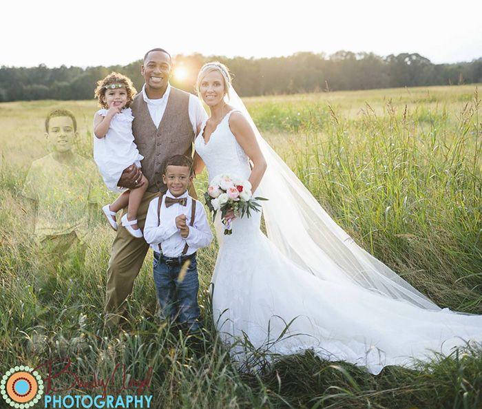 Foto pernikahan ini membuat ribuan netizen menangis haru