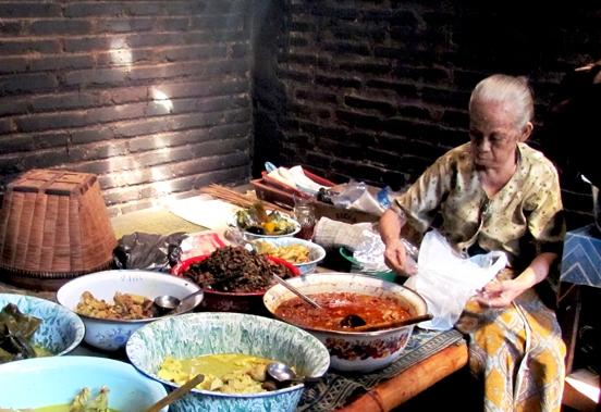 11 Kuliner tengah malam di Yogya ini harus kamu coba, sumpah lezat!