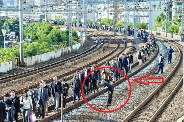 Jadwal kereta molor, petugas KA di Jepang minta maaf ke tiap penumpang