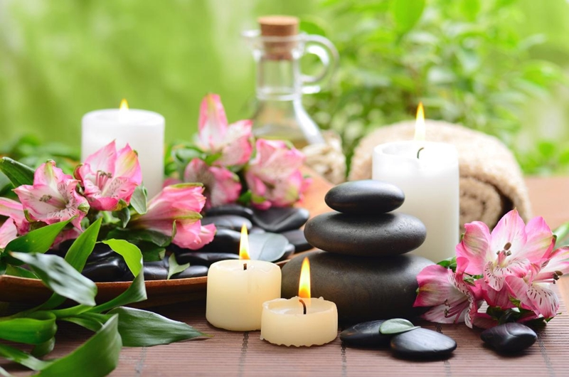 5 Khasiat mengejutkan aromaterapi yang perlu kamu tahu, coba yuk!