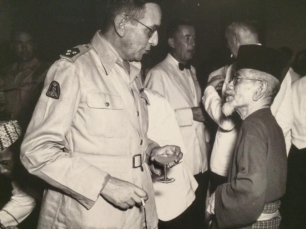 Ini 11 bukti kalau Haji Agus Salim bertubuh kecil tapi bernyali besar