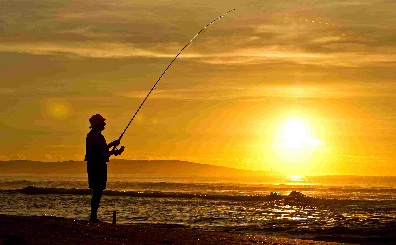 10 Kegiatan simpel ini bikin liburan di pantai tambah asyik, sumpah!