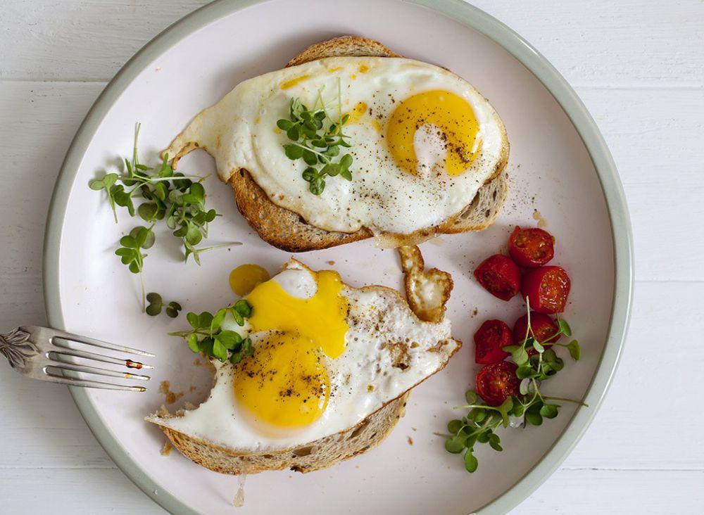 12 Khasiat tak terduga jika kamu rutin makan telur, dijamin sehat!