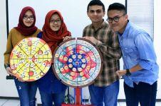 4 Mahasiswa UBAYA ciptaan alat bantu belajar matematika keren, salut!