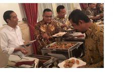 Presiden Jokowi panggil para pelawak ke Istana Negara, ada apa ya?