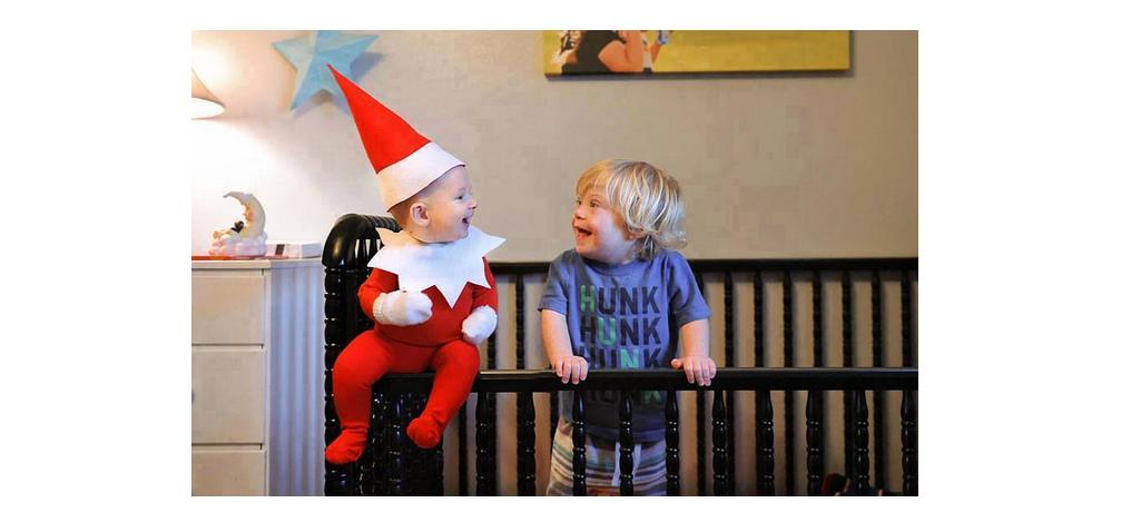 10 Aksi lucu Sinterklas cilik ini bikin Natal tambah meriah, setuju?