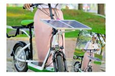 Hijabers cantik ini berhasil ciptakan sepeda tenaga surya, wow keren!