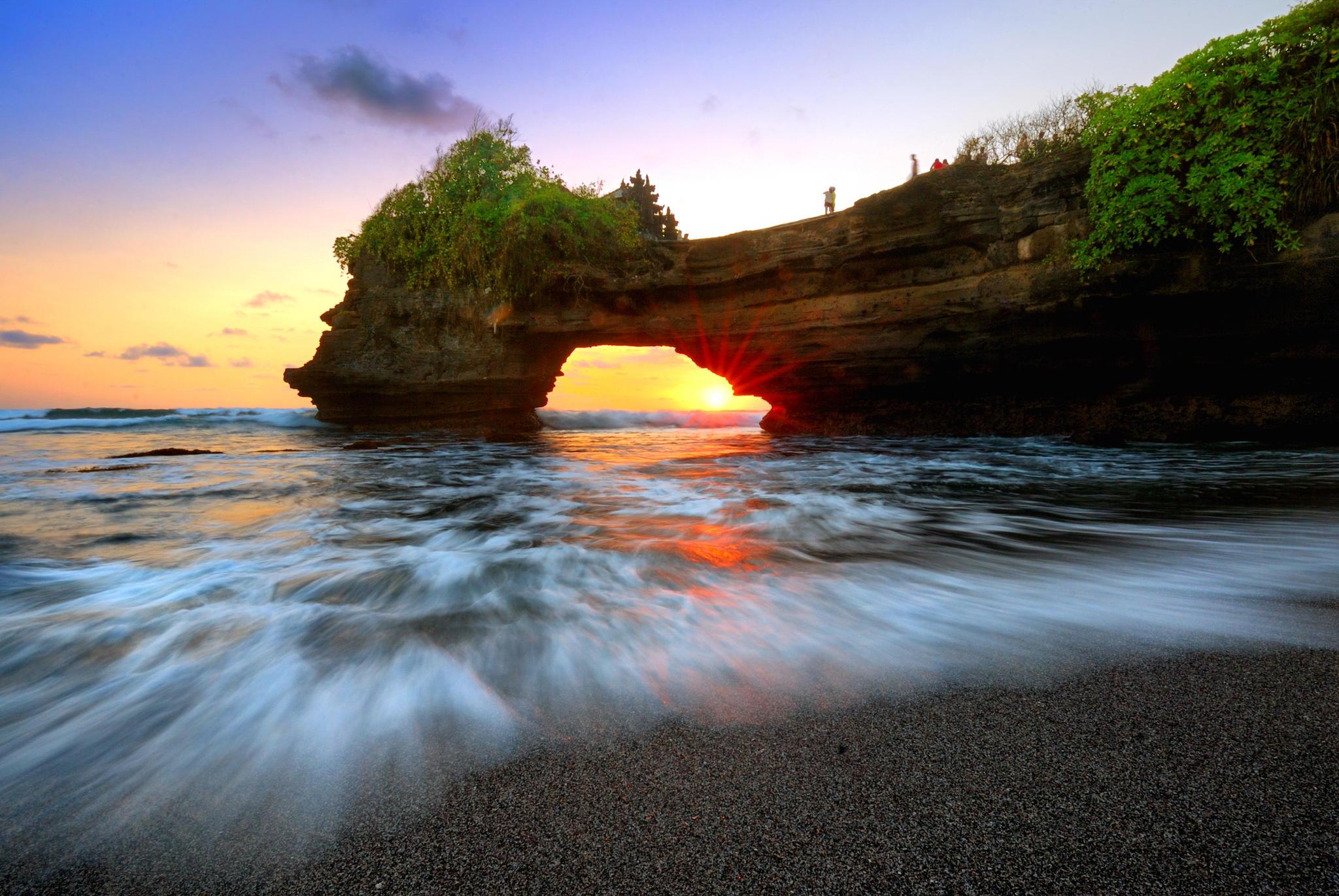 45 Lokasi di Indonesia ini jadi kandidat taman wisata dunia, top!