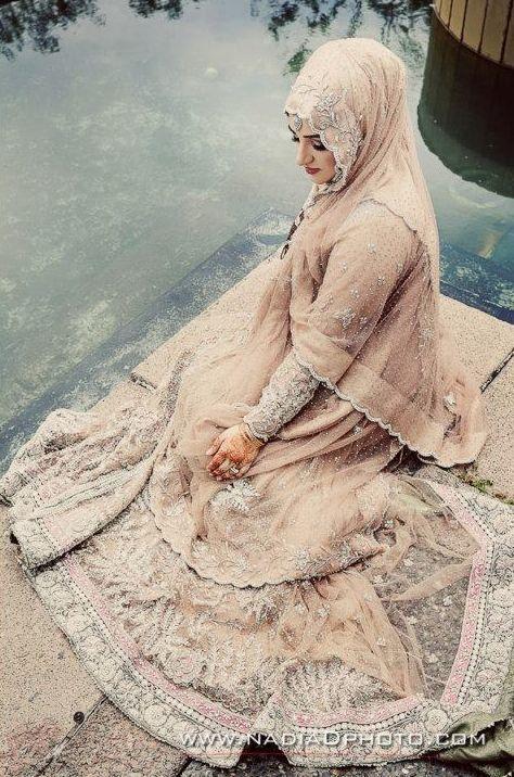 Buat hijabers, inspirasi baju pengantin ini bikin ingin nikah!