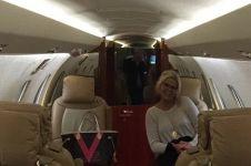 Baby sitter paling tajir, gaji Rp 122 juta/bulan & dapat jet pribadi