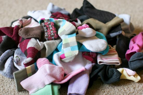 Teka-teki kenapa kaus kaki sering hilang sebelah?