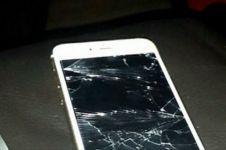 Tak bersyukur dibelikan ibunya iPhone, anak ini kena karmanya!