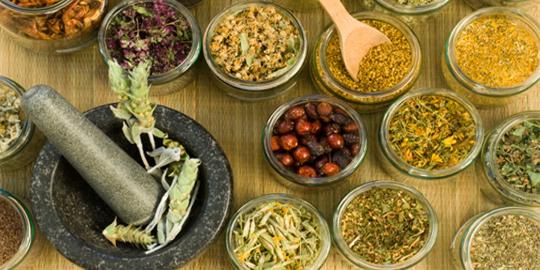 Inilah 10 jenis jamu tradisional dan manfaatnya, kamu harus coba!