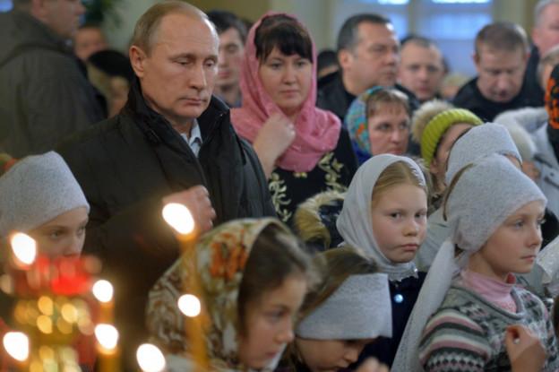 Vladimir Putin rayakan Natal pada 7 Januari