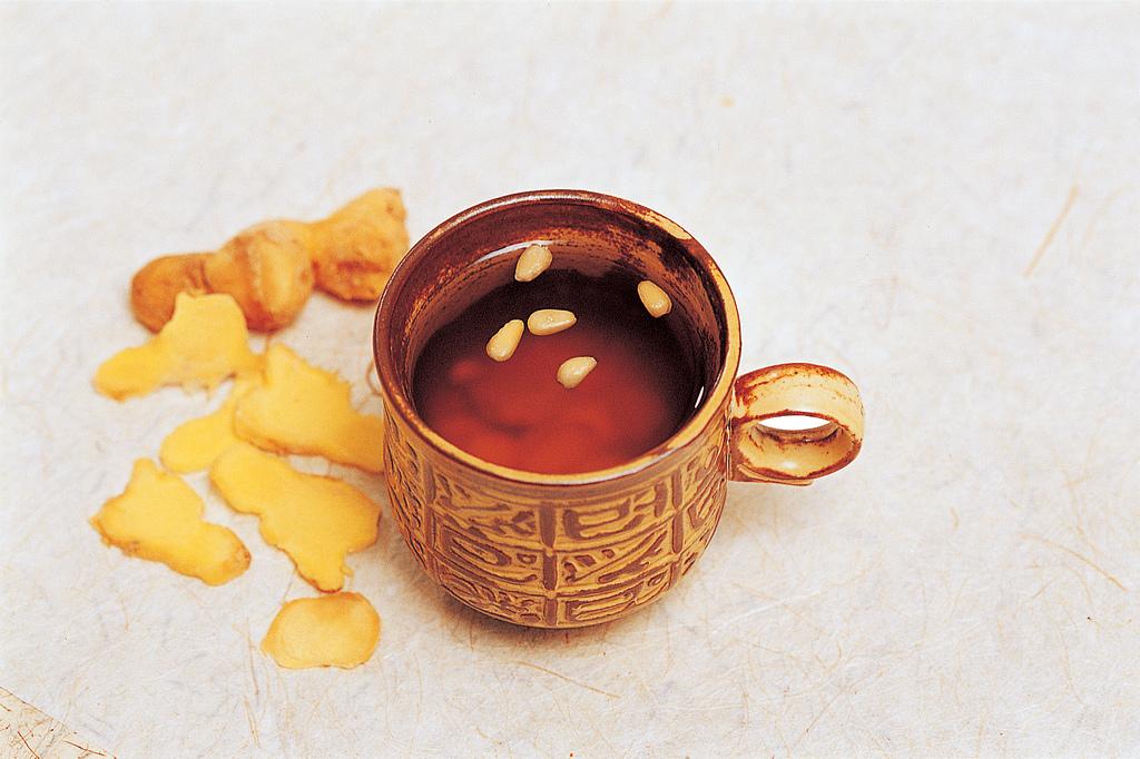 8 Manfaat yang nggak kamu sadari dari segelas teh jahe untuk kesehatan