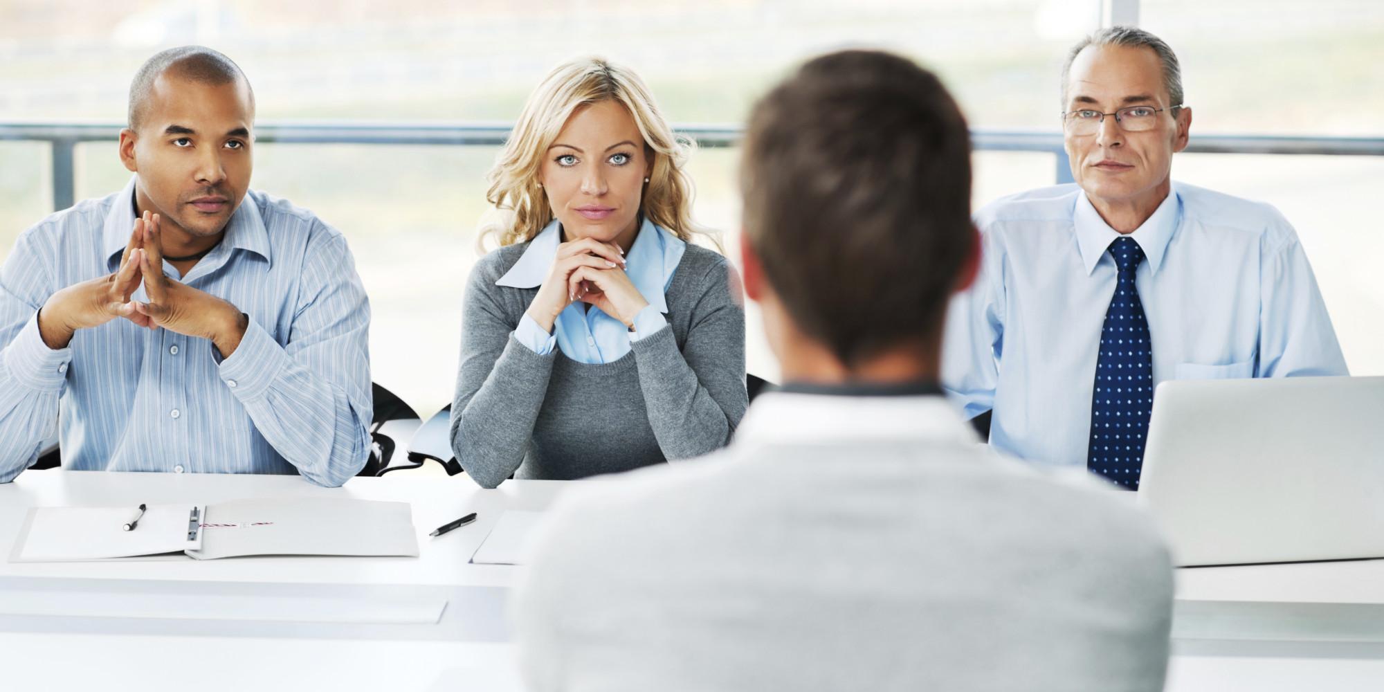 Kamu nggak mau gagal saat wawancara kerja? Hindari 10 kesalahan ini