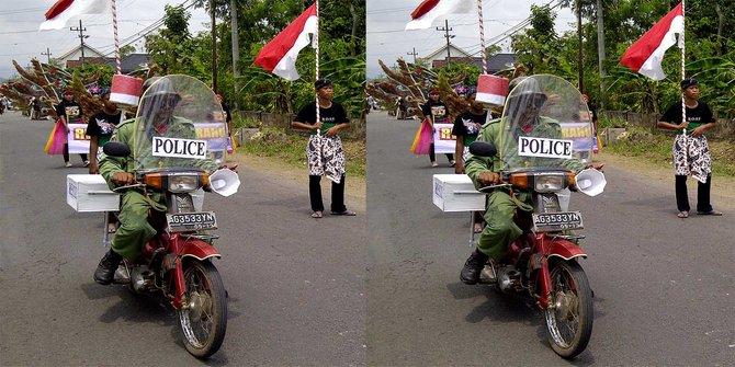 20 Gaya unik orang Indonesia saat karnaval, kocak banget!